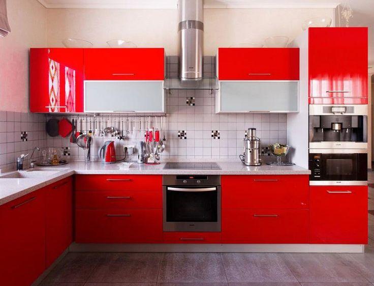 Кухня с фасадами из краски - RAL 3020