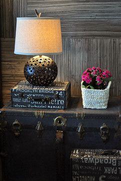 Judith Balis: Old trunk as nightstand