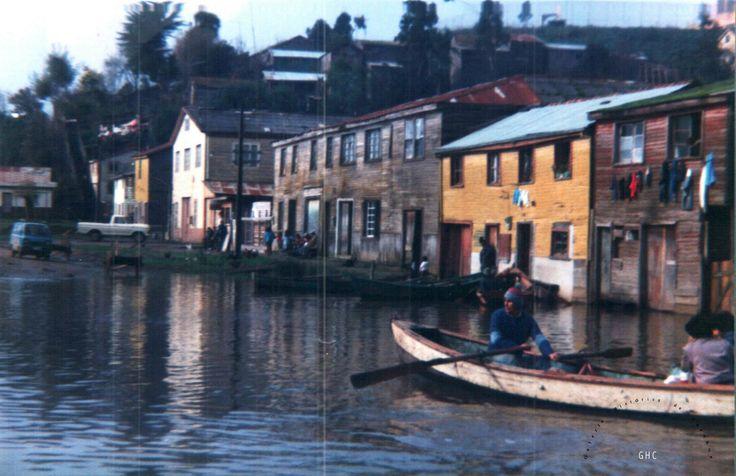 Galería Histórica de Carahue. Cultura Ribereña. Inundación Villa Damas, 1992.-