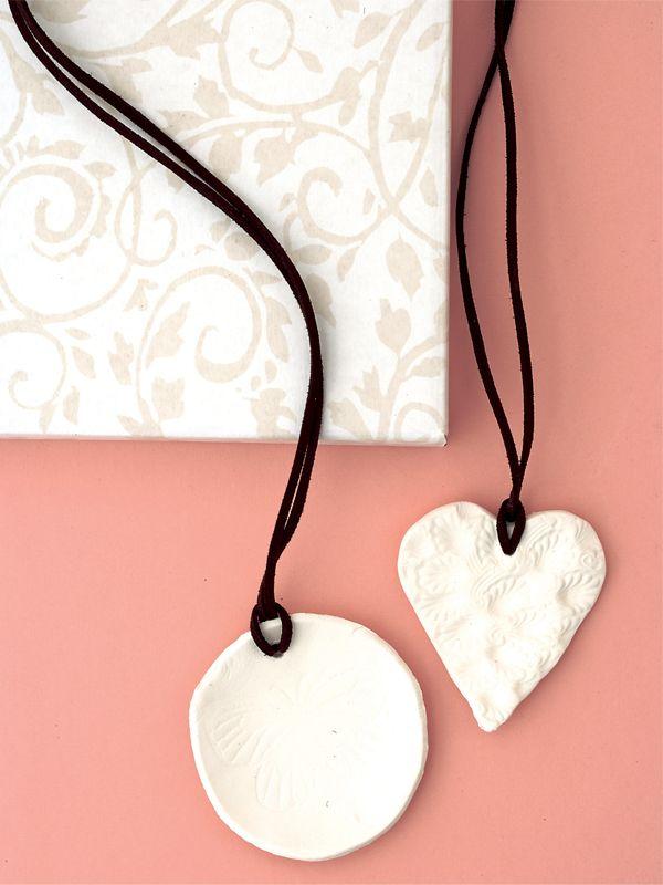 DIY: clay pendants