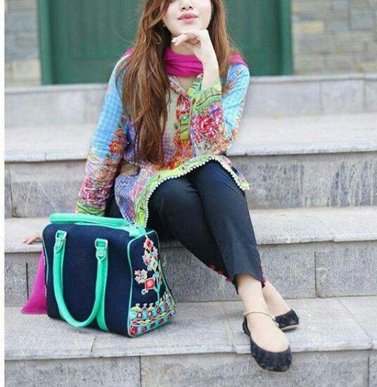 cute n stylish girl wallpaper
