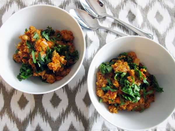 This Indian curry quinoa is ready to eat in no time-yum!