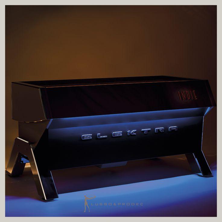 ¡Lo último en cafeteras profesionales!  Elegancia, funcionalidad y máxima innovación marcan las tendencias del equipamiento de los #hoteles este 2016  bit.ly/TENDENCIAScafeteras Equipamiento Hostelero