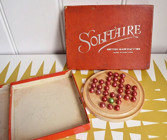 Splendid Vintage Solitaire game  British Manufacture  50s