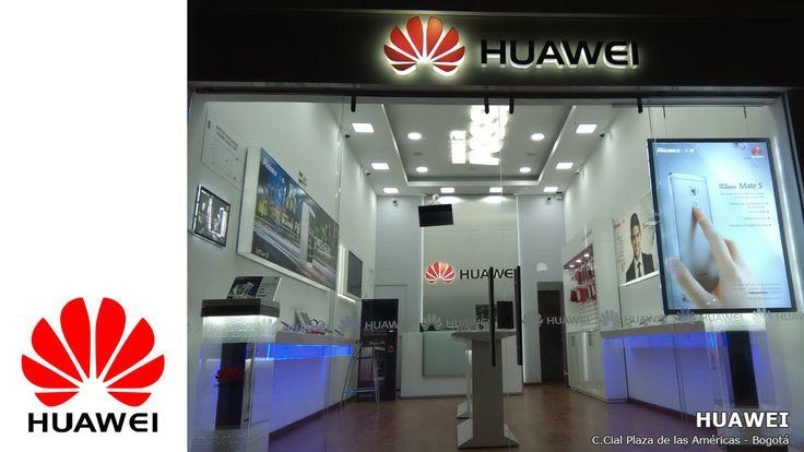 Huawei el número 3 mundial de los celulares instaló en su punto de venta en la Plaza de las Américas en Bogotá los portacarteles luminosos LED de última generación para tener una publicidad más productiva por el uso de la luz de LED.