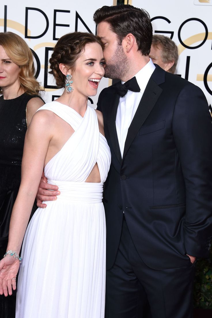 16 of Emily Blunt and John Krasinki's Cutest Couple Moments  - HarpersBAZAAR.com