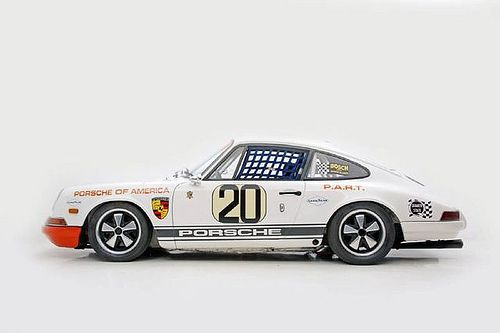 911, born to race