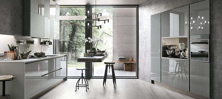 Le cucine componibili moderne di Stosa Cucina: in primo piano la lavorazione del vetro #cucine #stosa #cucinemoderne