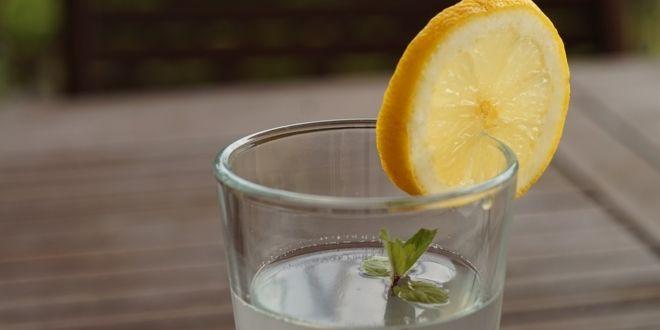 Möglicherweise hast du schon einmal gehört, dass Krebszellen nicht leben können in einer alkalischen Umgebung und genau aus diesem Grund ist dieses alkalische Wasser so leistungsstark. WAS IST ALKA…