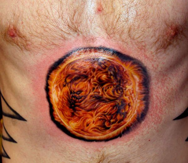 Best 25 sun rays tattoo ideas on pinterest sun moon for Realistic sun tattoo