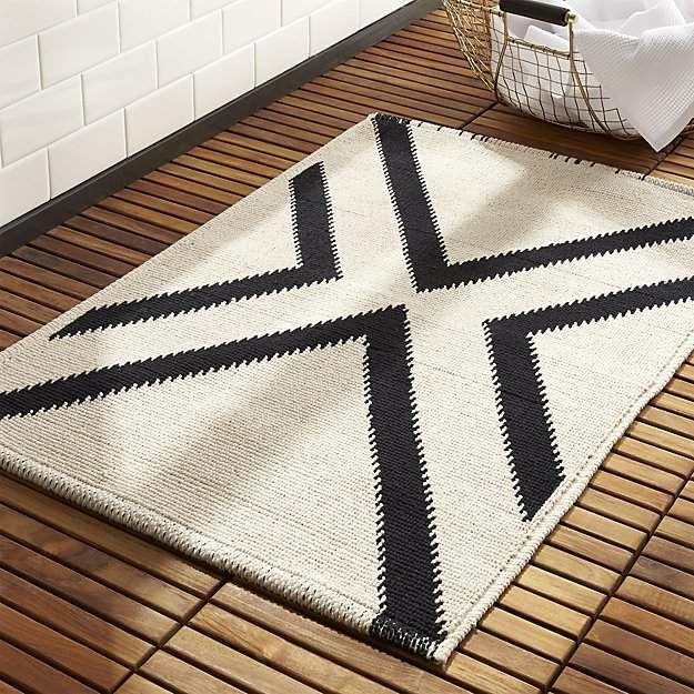 Modern Black And White Bath Rug Bathroomideas Bathroomdecor