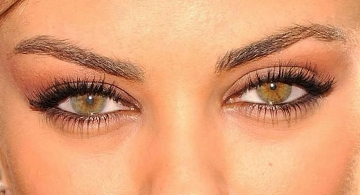 Mila Kunis eyes looks like my babes eyes