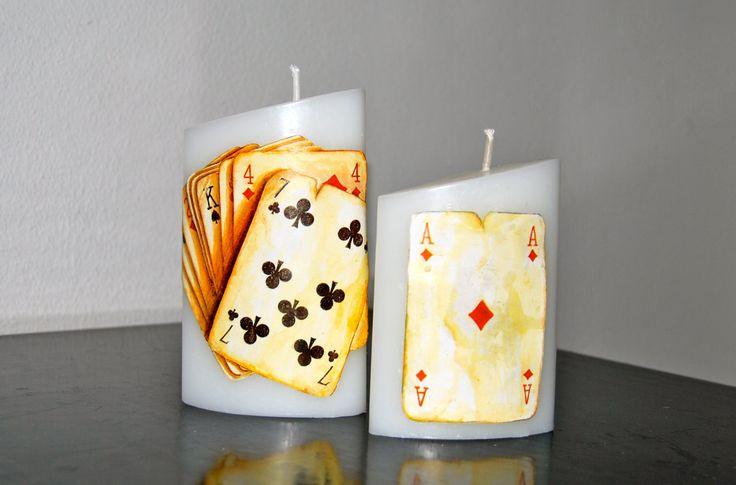 Декупаж свечей: (50 фото) мастер-классы с идеями праздничного декора http://happymodern.ru/dekupazh-svechejj/ Необычная идея: декор на тему карточных игр
