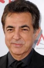 Joe Mantegna @ Esprits Criminels    Réalisateur, acteur et producteur américain né le 13 novembre 1947 à Chicago.