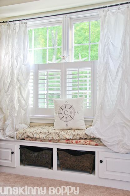 1000 images about design don 39 ts on pinterest green for Window seat curtains