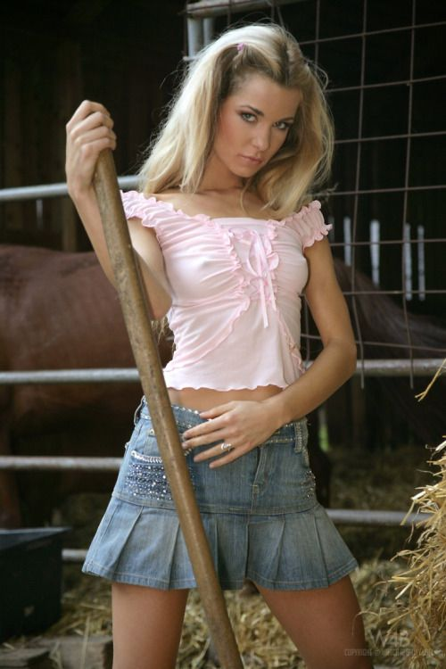 Country Girls Rock   | Amazingpictures16, Hot Babes Naked