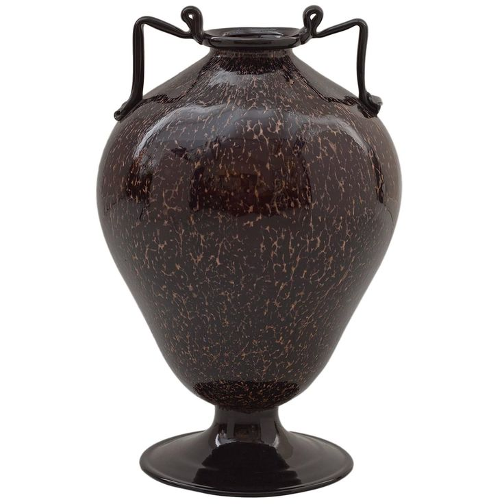 1920s Murano Glass Vase by Fratelli Toso | See more antique and modern Vases and Vessels at https://www.1stdibs.com/furniture/decorative-objects/vases-vessels