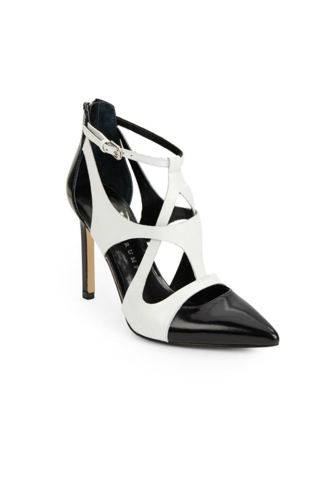 Shoe of the Day: Our Editor's Top Picks. Black ShoesIvanka Trump ...