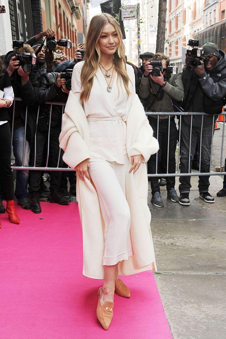 Gigi Hadid x Stuart Weitzman launch, New York – November 15 2017 Gigi Hadid in Zeynep Arçay.