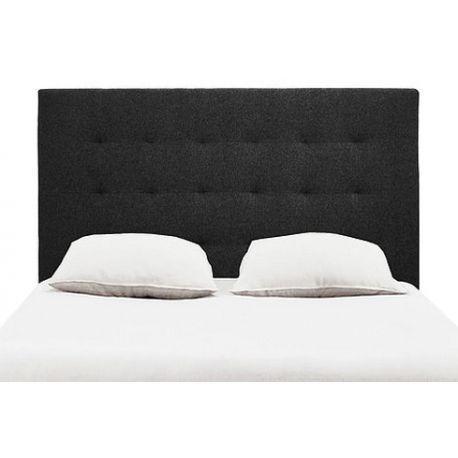 Cabecero para cama doble, modelo Pliegues. Realizado en madera de pino con plancha de duolite de 4 mm y rematado con un bello tapizado en poliéster decorado con pliegues disponible en cinco colores: negro, beige, gris, marrón y azul.   Material: Madera de pino + plancha de duolite de 4 mm Relleno de espuma de 2 cm Tapizado de poliester con 9 pliegues Ancho: 7,5 cm Largos disponibles: 135, 150, 160 y 180 cm Alto: 80 cm Colores disponibles: Negro Gris Beige Marrón Azul Para cama doble…