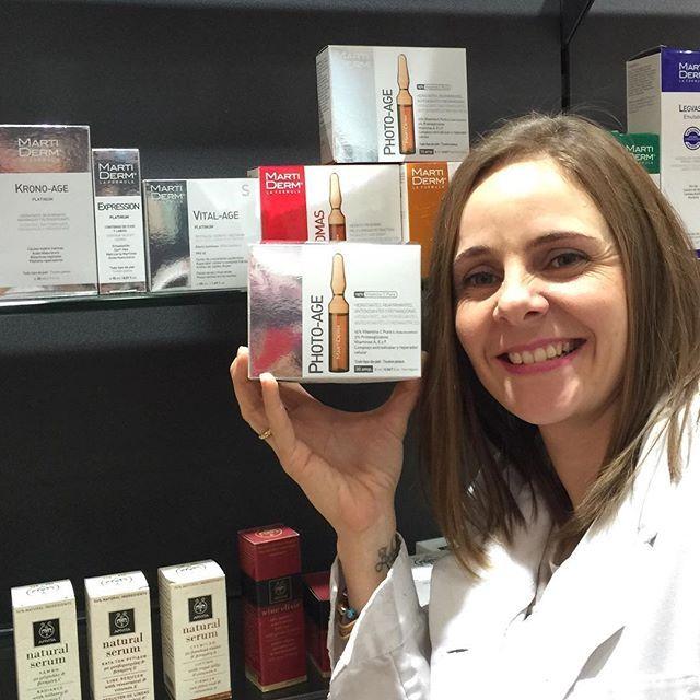 Aunque el día sea gris vamos a ponerle buena cara y Demy lo hace con las #ampollas #photoage de #Martiderm: http://bit.ly/1KuE1Gr un chute de #proteoglicanos y #vitaminaC para iluminar e #hidratar el rostro. ¡Feliz fin de semana!! # #farmaconfianza  #farmaciaonline #farmacia #cosmetica #cosmetics #cosmeticaddict #blog #blogger #bloggerstyle #igers #igerbcn