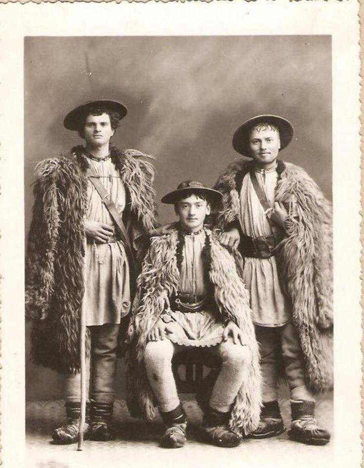 Ciobani din Bistriţa Năsăud, perioada interbelică