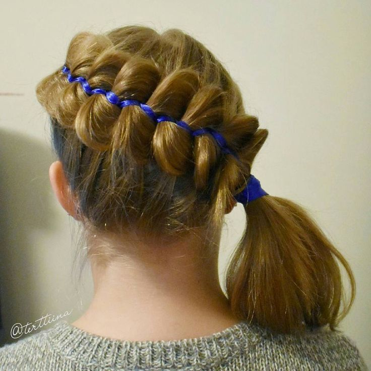 Diagonal five strand ribbon braid into a ponytail! #5strandribbonbrais