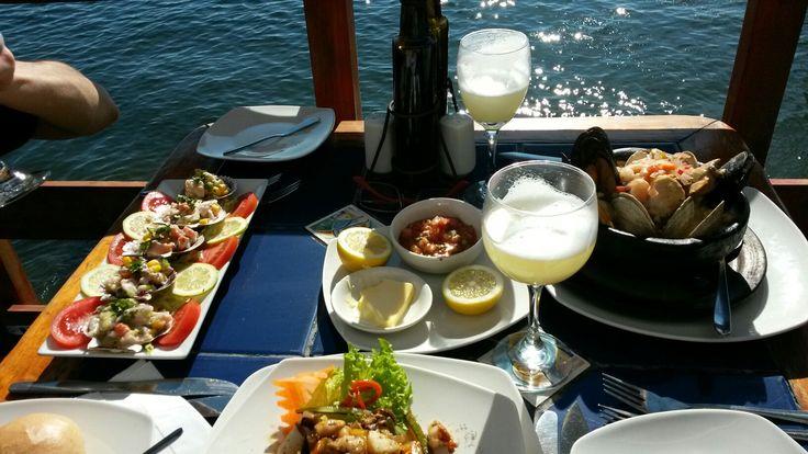 Restaurante en Muelle Varón, con vista perfecta!