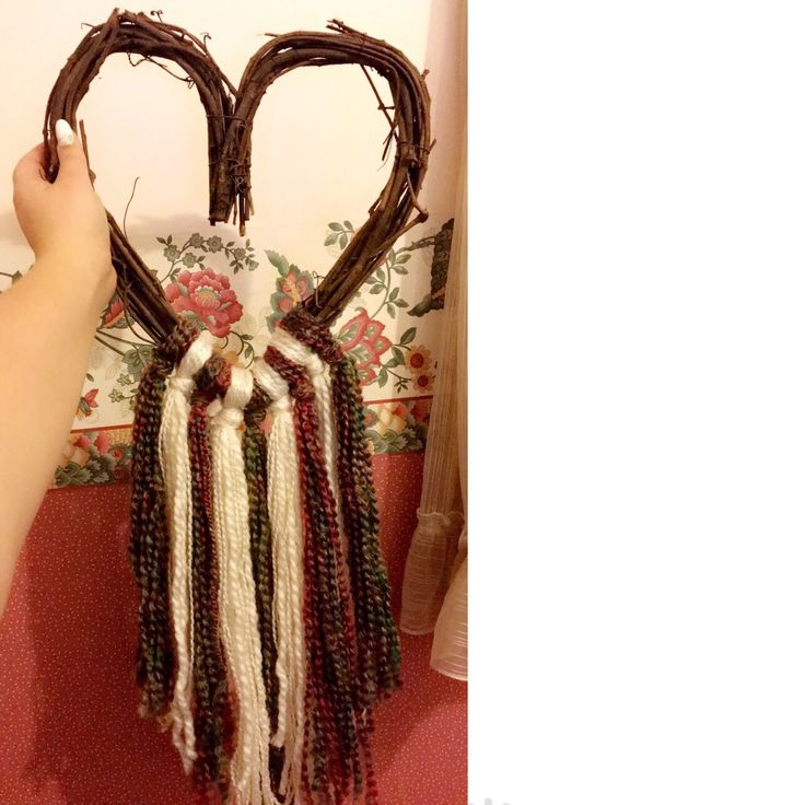 Heart wreath / wool / wool craft / heart decoration / wool decoration
