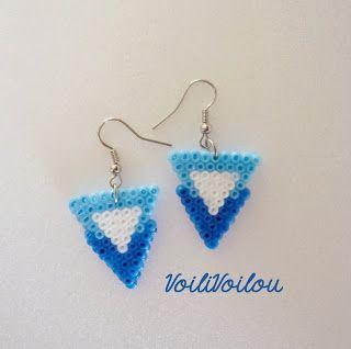 """Voili Voilou: Boucles d'oreilles """"Triangles bleus"""" - Hama mini blue triangles"""