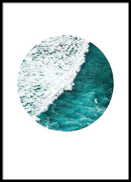 Blue and white photo print of the ocean! A poster is a nice interior detail that bring life to the bare and boring wall anytime! Match with our other posters at sea in the same style. www.desenio.com