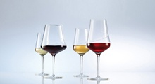Sensa - sklenice na víno s plastickou linkou, která pomáhá vínu uvolnit buket