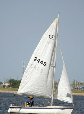 Do you love sailing at lake hefner in oklahoma city its for Lake hefner fishing