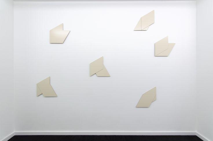 Hartmut Bhöm - FORMATION AUS GENÜBERSTELLUNGEN 1 - 6, 2008-09 - FORMATION OF JUXTAPOSITIONS 1 - 6, 2008-09 - dibond; each approx. 44 x 44 x 1,6 cm
