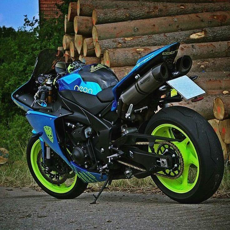 Rate it 1-10? #BikeLife #Sportbike #Motorcycle #Bike #Ride #Motorbikes…