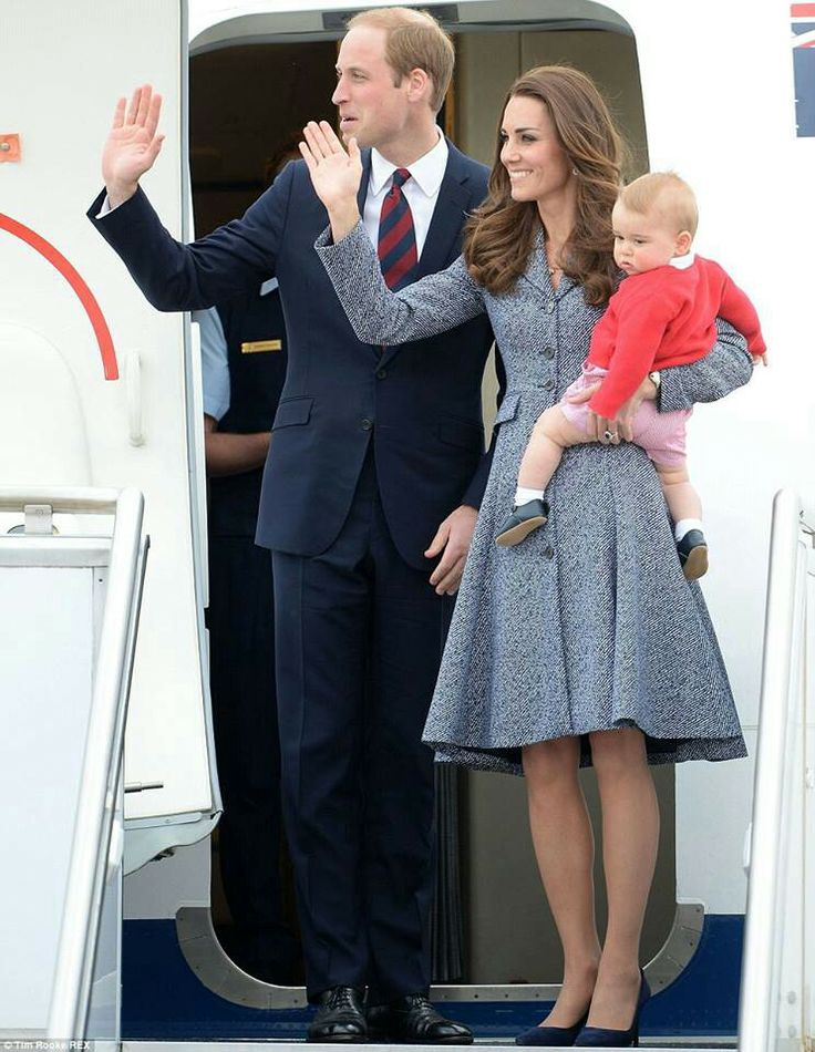 Wills, Kate & Baby George.  The Duke & Duchess of Cambridge & thier little Prince <3