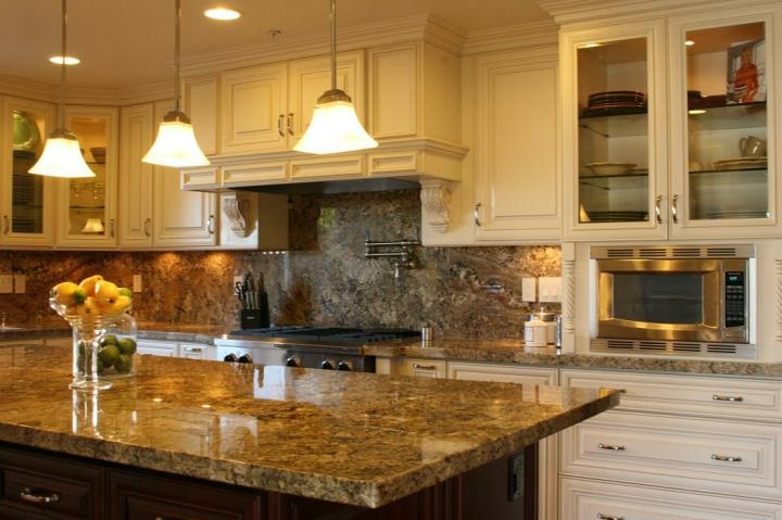 Cabinet Creme Glazed Maple  House to Home Pinterest