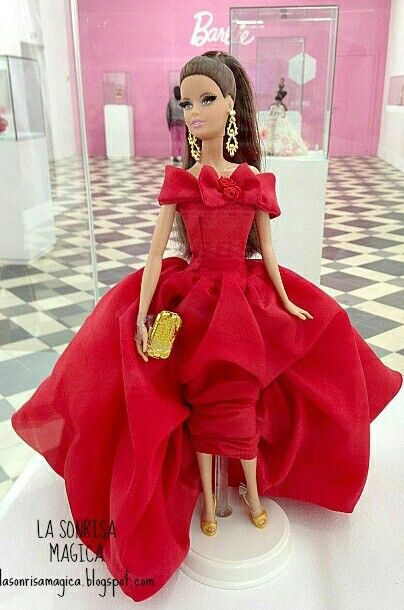 Red evening gown for BArbie