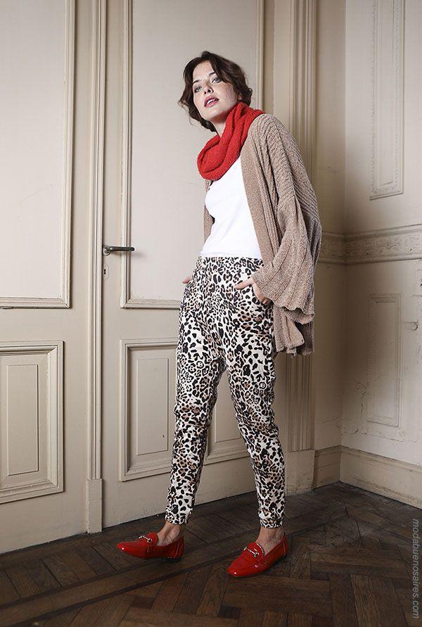 40fbd63fe1 Moda otoño invierno 2018 urbana y femenina  Estilo juvenil en la propuesta  de moda de Cenizas