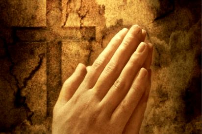 Scienziato americano che ha studiato 40.000 casi: la preghiera ha il potere di curare le malattie
