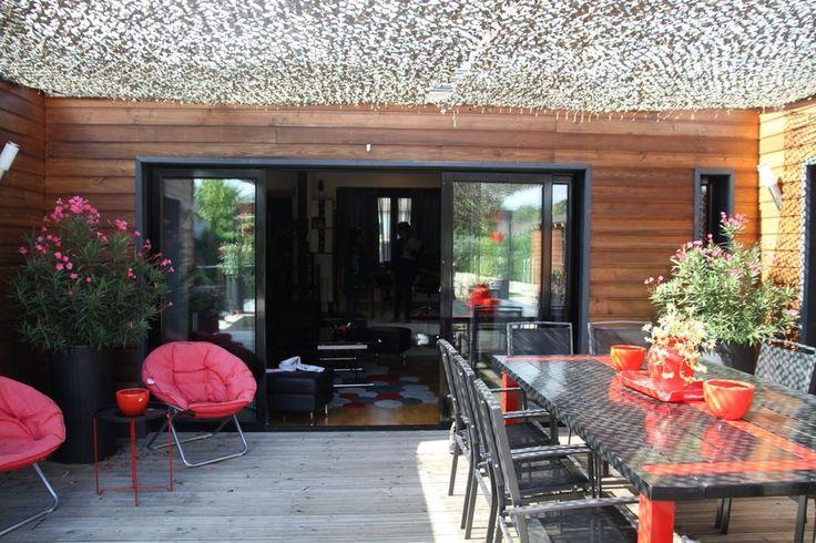 Outdoor courtyard camo netting for shade