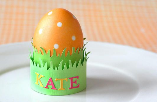 Use a border punch to create an Easter Egg holder! www.fiskars.com
