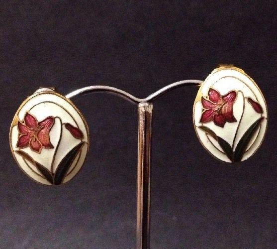 Estate Find - Vintage White Cloisonne / Enamel Clip on Earrings with a Flower