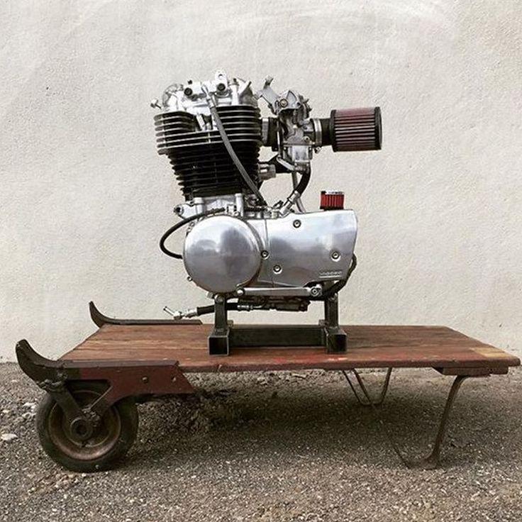 Fresh build @vagabund_moto #vagabund #moto #handcrafted #motorcycle #sr500 #yamaha #engine #allnew #allneweverything #caferacer #scrambler #tracker #custombuilt #custom #yamahacaferacer