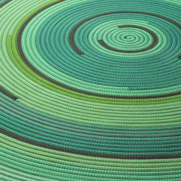 All wound up over the Zoe Rev outdoor rug!  #exterior #interior #design #interiordesign #exteriordesign #outdoor #outdoorliving #outside #garden #landscaping #roofterrace #inspiration #inpso #betteroutthanin #MGCo