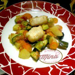 Filetti di nasello con dadolata di verdure