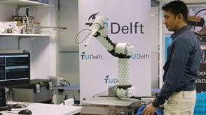'Huid' van sensoren maakt samenwerking met robotarmen veiliger - http://visionandrobotics.nl/2017/04/12/huid-van-sensoren-maakt-samenwerking-met-robotarmen-veiliger/