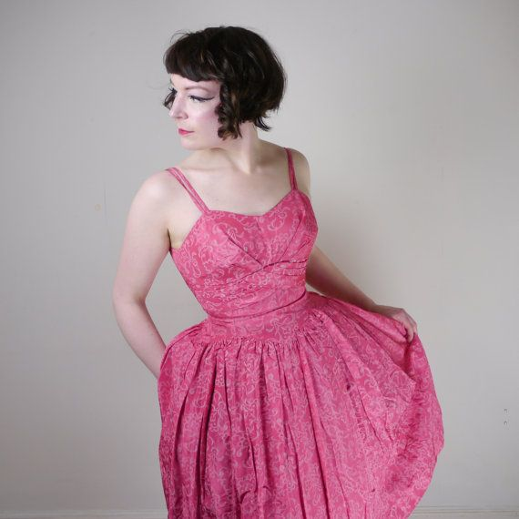 50s PINK dress with cream printed pattern by SartorialMatters