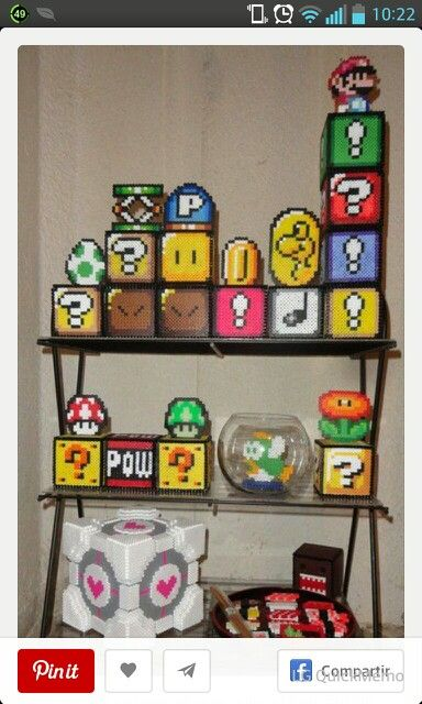 1000 images about huchas hama beads on pinterest coins - Hama beads fundas ...