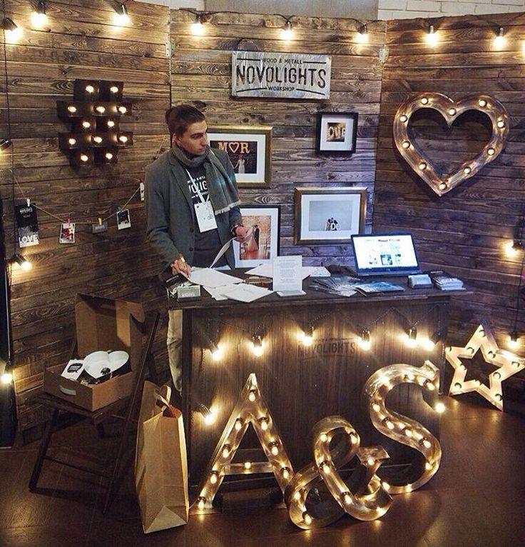 342 отметок «Нравится», 10 комментариев —  БУКВЫ С ЛАМПОЧКАМИ (@novolights) в Instagram: «Наш стенд на Свадебном Workshop, проходившем в минувшие выходные в Конгресс-холле Абрау-Дюрсо…»